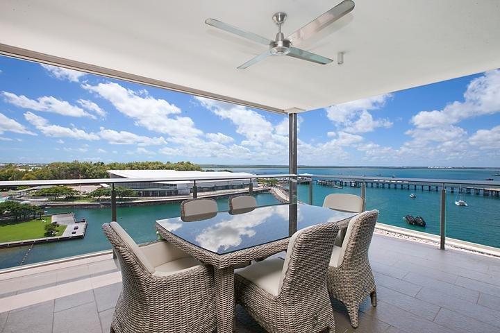 Darwin Waterfront Penthouses - 3 Bed Sleeps 6 - Image 1 - Darwin - rentals