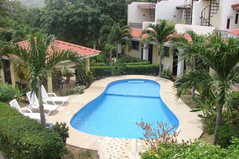 Vista Perfecta No 12 - Modern style - Image 1 - Playas del Coco - rentals