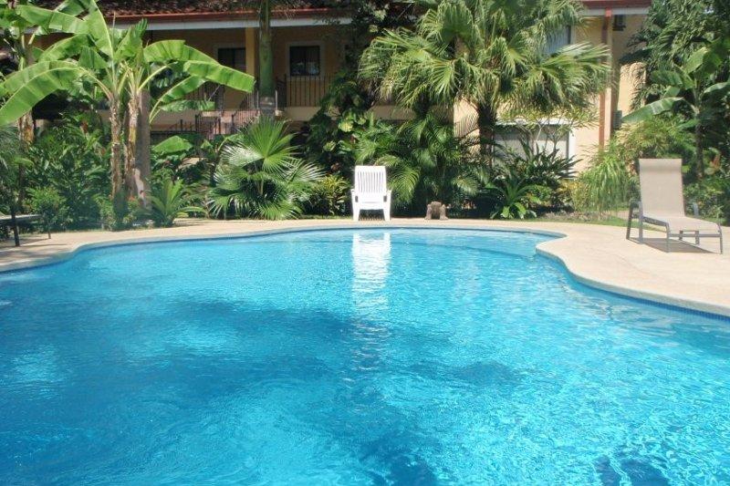 Las Calas Rojas No 01-Comfortable! - Image 1 - Playas del Coco - rentals