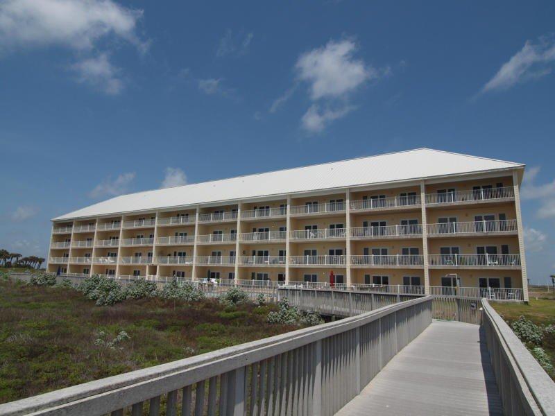 Grand Caribbean 3007, beachfront 2 bedroom condo - Image 1 - Port Aransas - rentals