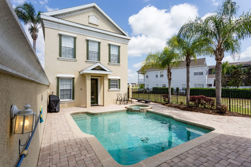 The Pool - Reunion Resort Mansion - 5 stars 10 mins to Disney - Reunion - rentals