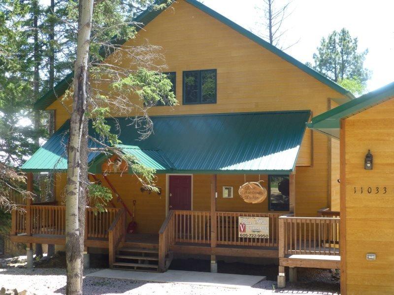 Lost Antler Lodge on Terry Peak - Image 1 - Lead - rentals