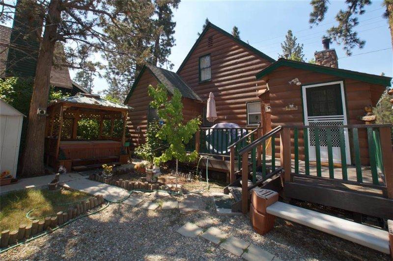 Enchanted Bear - Image 1 - Big Bear City - rentals