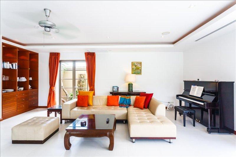 Private pool 3 bedroom villa in Bang Tao Residence - Image 1 - Bang Tao - rentals