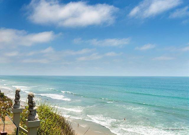 Beach at Encinitas  - Charming Romantic Oceanfront Rental Designer Decorated & A/C Equipped - Encinitas - rentals