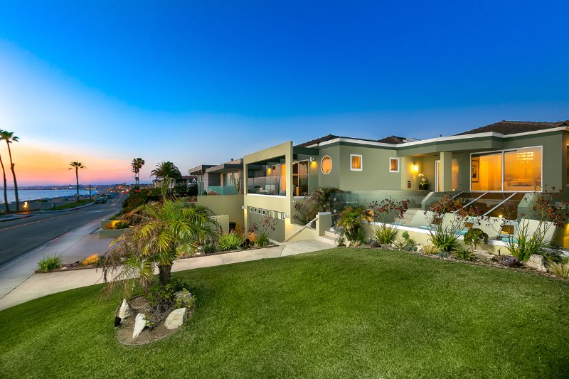 Redondo Ocean Retreat, Sleeps 12 - Image 1 - Redondo Beach - rentals