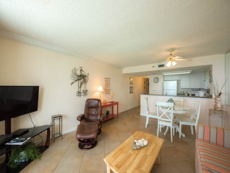 Sundestin Beach Resort 01611 - Image 1 - Destin - rentals