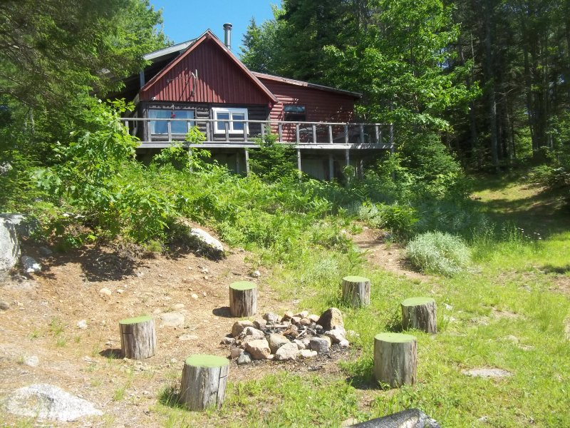 The cottage and bonfire place at waterfront - Jerry Lake Camp - Annapolis Royal - rentals