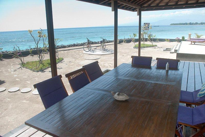 Beachfront view - Beachfront Villa Kokita Gili Trawangan - Gili Trawangan - rentals