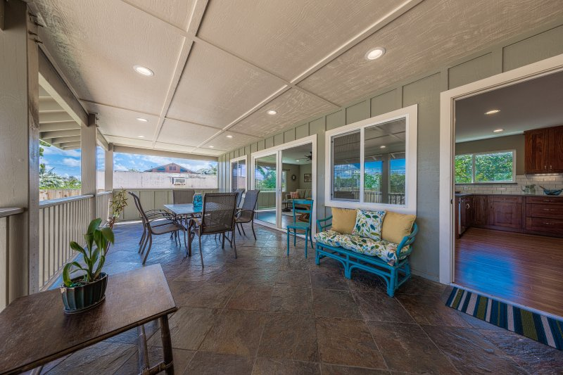 Large covered lanai - Oahu's North Shore Vacation Rental Home - Haleiwa - rentals