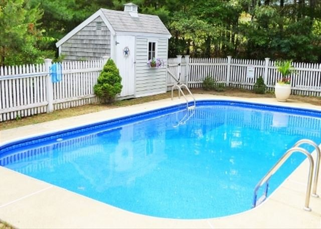 IMMACULATE OVERSIZED CAPE WITH POOL! - Image 1 - Harwich - rentals