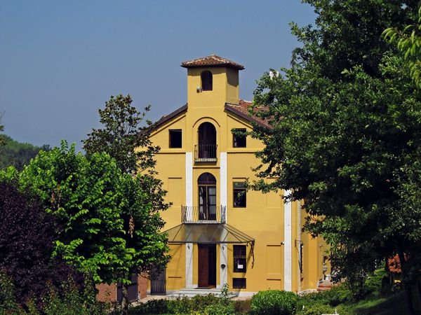 4 bedroom Villa in Parella, Piedmont, Italy : ref 2268974 - Image 1 - Celle Enomondo - rentals