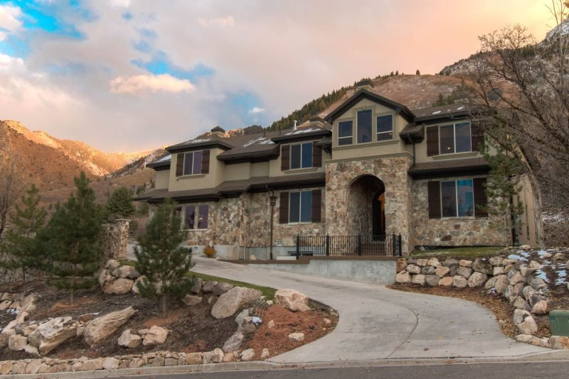 Majesty Cove Mansion., a Luxury Millcreek Vacation Rental Home Near Salt Lake - Image 1 - Salt Lake City - rentals