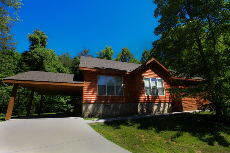 Mountain Cove - Image 1 - Gatlinburg - rentals
