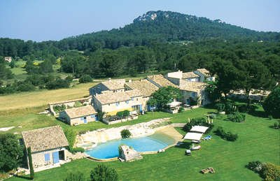 Private Tennis Court and Golf Range at Stunning 11 Bedroom Estate in Saint Remy and Alpilles - Image 1 - Les Baux de Provence - rentals