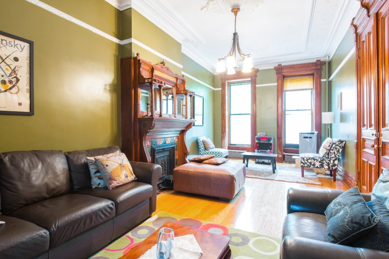 Turn of the Century Parlor Floor with original Edwardian characteristics and  fireplace - Brooklyn's Favorite Victorian Brownstone w/Garden - Brooklyn - rentals