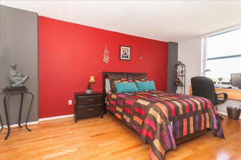 Tranquil One Bedroom North Miami Apartment - Image 1 - North Miami - rentals