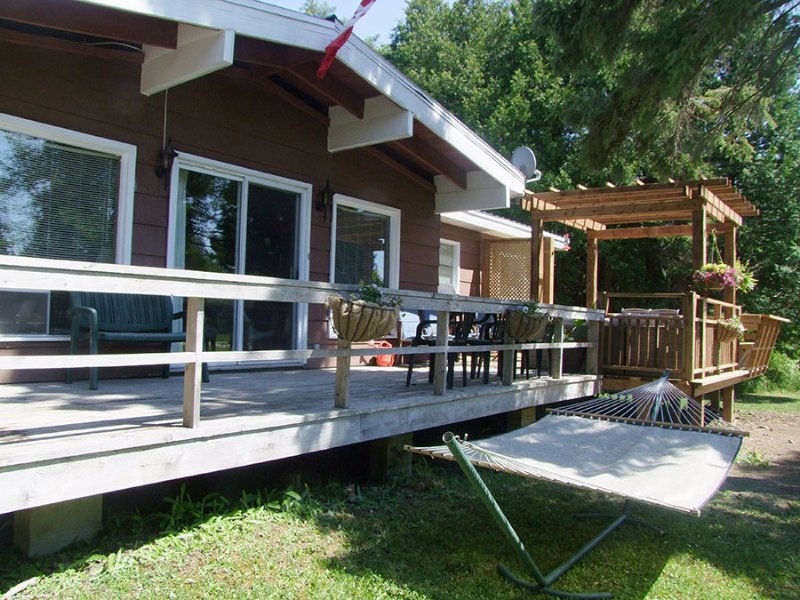 Retro Retreat cottage (#1030) - Image 1 - Red Bay - rentals