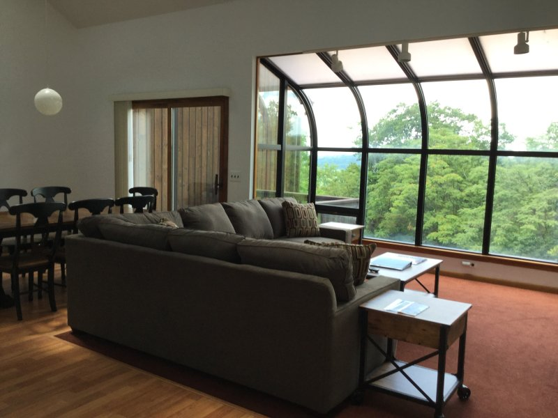 Great open space to enjoy the mountain views - #2 Updated Ski On Ski Off, 4 Season Resort - Vernon - rentals