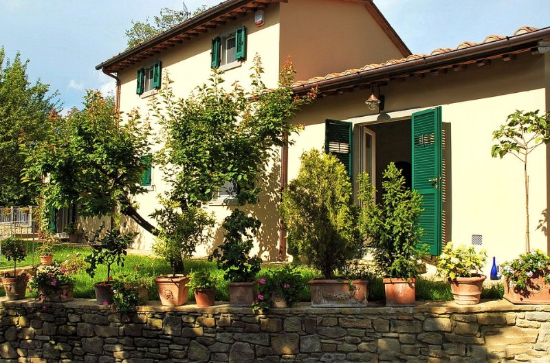 La Fantastica, Cottage - Tuscan Retreat in Cortona, Elegant Country Cottage, Sleeps 6 - Image 1 - Cortona - rentals