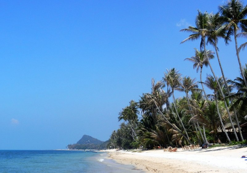 Beach picture taken at 40 metres from Villa Palm. - Luxury Spacious 2Bdr Villa Only 40 Meters to Beach - Mae Nam - rentals