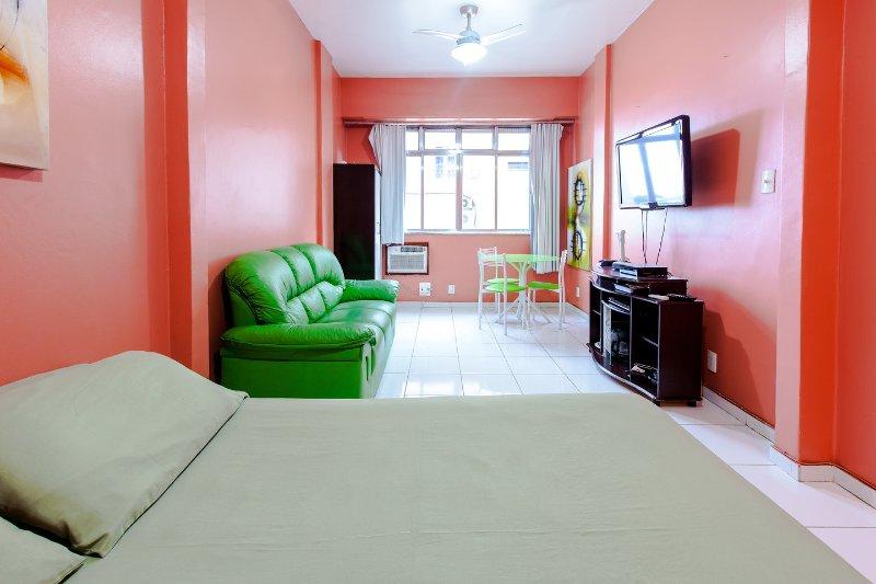 Living Room - RioBeachRentals - 8th Floor Ocean View - #101D - Copacabana - rentals