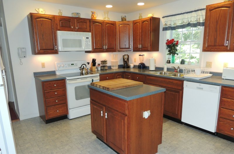 Fully Equipped Kitchen. All cookware, bakeware, utensils, etc.. supplied. - 2B, Large home at Acadia National Park's backdoor! - Southwest Harbor - rentals
