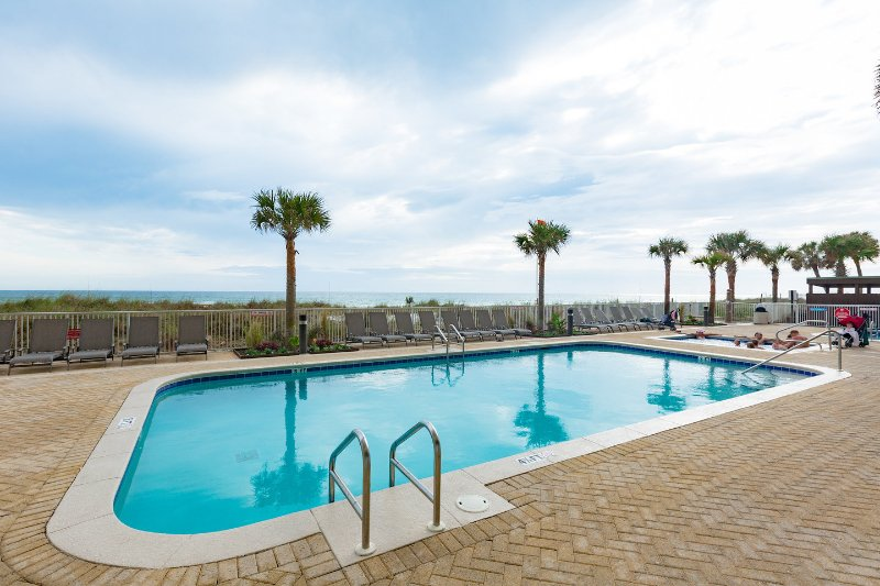 The Pool - Luxurious Gulf Front All Inclusive Beach Services - Panama City Beach - rentals