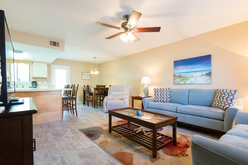 Living Room - 2 BR 1&1/2 BA Townhome in Gulf Highlands Resort - Panama City Beach - rentals