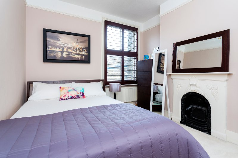 Beautiful London property in Kensal Rise only minutes away for Chelsea, sleeps 6 - Image 1 - London - rentals