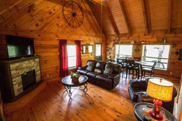 Welcome to Townsend Cabin #6, Mountain Star! - Townsend Cabin #6 Mountain Star - Next to Heaven Trail Rides and Zip Lines! - Townsend - rentals