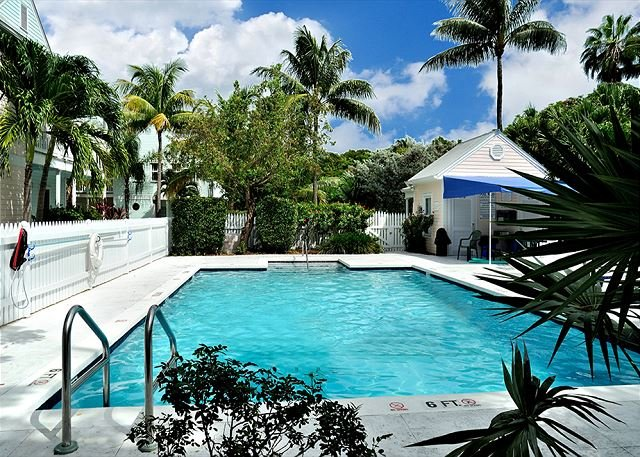 """SECRET GARDEN"" - Weekly Or Monthly (Truman Annex) - A Step Above,Steps Away! - Image 1 - Key West - rentals"