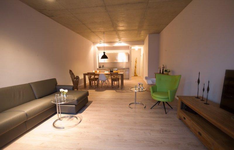 Vacation Apartment in Brandenburg an der Havel - 969 sqft, central, modern, spacious (# 9501) #9501 - Vacation Apartment in Brandenburg an der Havel - 969 sqft, central, modern, spacious (# 9501) - Brandenburg an der Havel - rentals