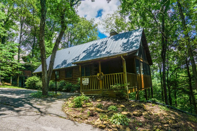"The "" Giddy Up "" cabin - ""Giddy Up"" - Sevierville - rentals"