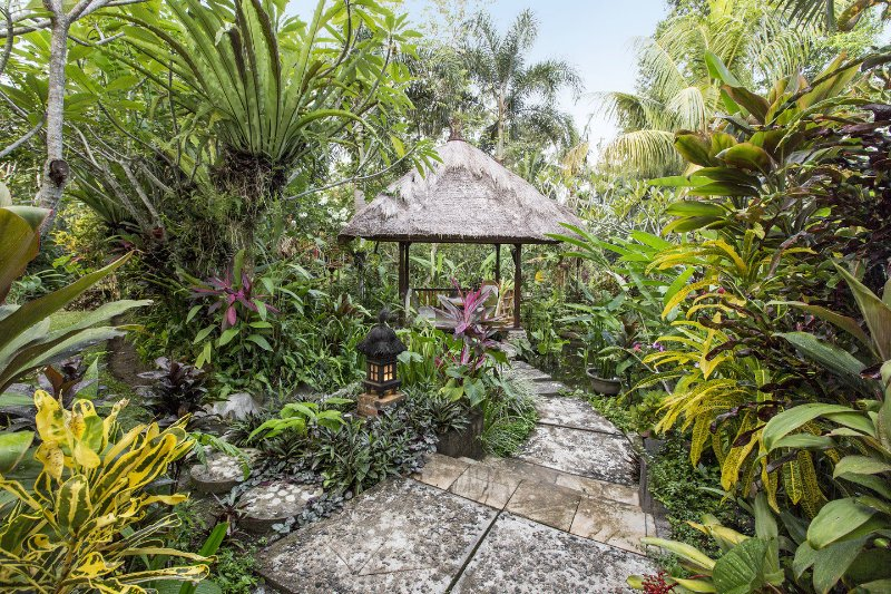 Pavilion - Beautiful property in quiet Balinese ricefields. - Ubud - rentals