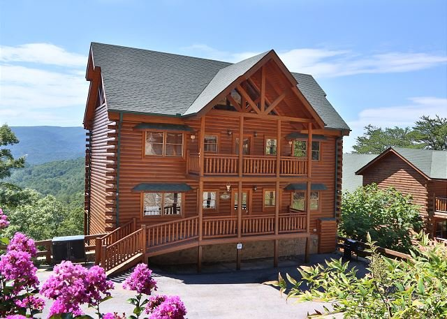Cabin - Wet & Wild Adventure, Private Indoor Heated Pool, Movie Theater, Arcade Games - Sevierville - rentals