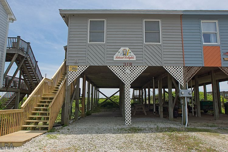 Front Exterior - Island Delights II - Excellent Oceanfront View, Pet Friendly, Simple Design - Surf City - rentals