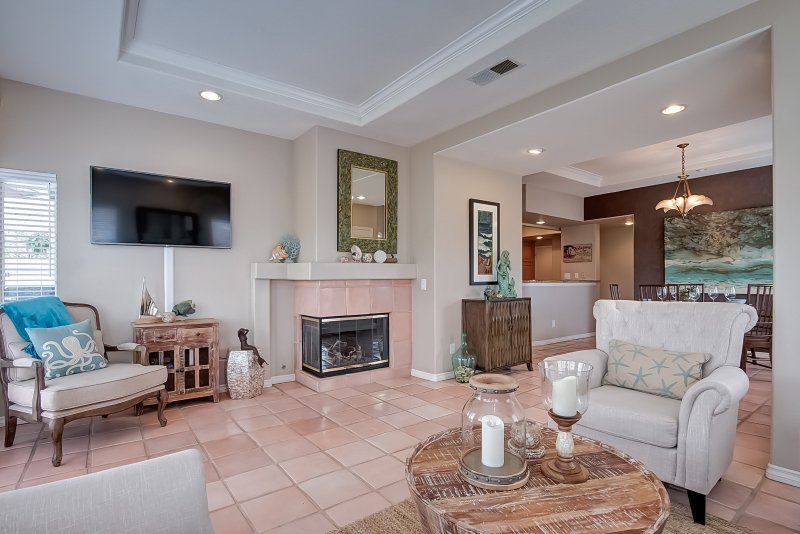 Welcome to your new vacation villa in Dana Point! - New! 2 bed, 2 bath with ocean views, community pool and tennis club. - Dana Point - rentals