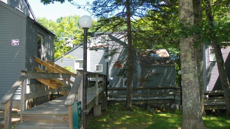 Pet Friendly Waterville Estates Condo Close to Recreation Center! - Image 1 - Campton - rentals
