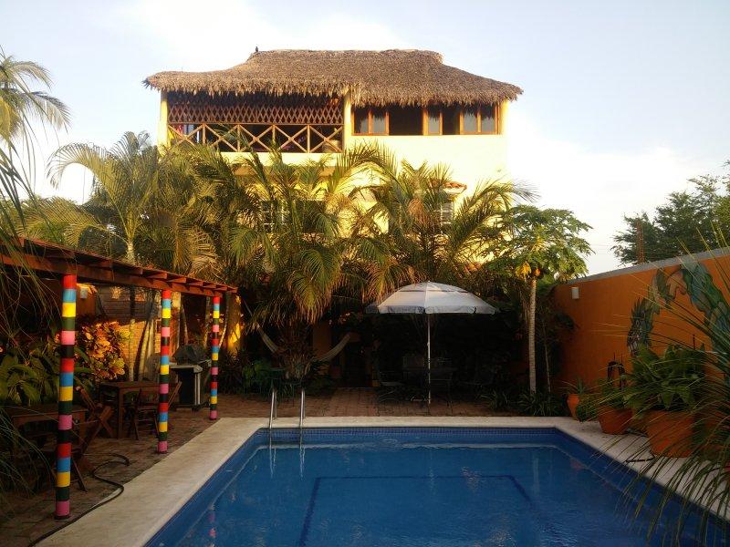 Casa Amarilla - La Palapa - Image 1 - Puerto Escondido - rentals