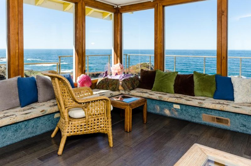 Magnificent close-up ocean views from this seaside home w/private hot tub! - Image 1 - Fort Bragg - rentals