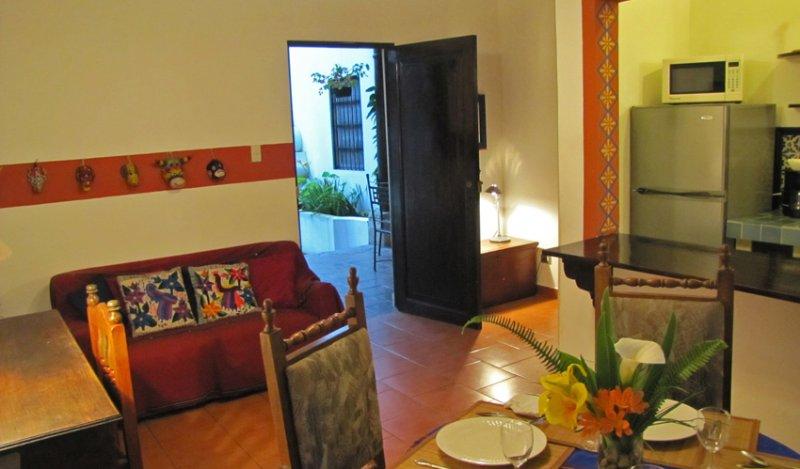 Casita La Esquina - Image 1 - Antigua Guatemala - rentals