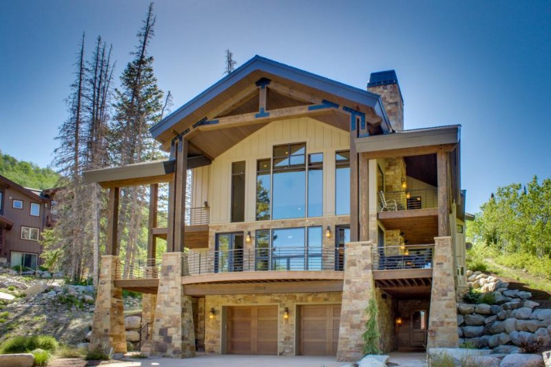 Best ski-in, ski-out luxury house in Solitude with hot tub, pool access, etc. - Image 1 - Solitude - rentals