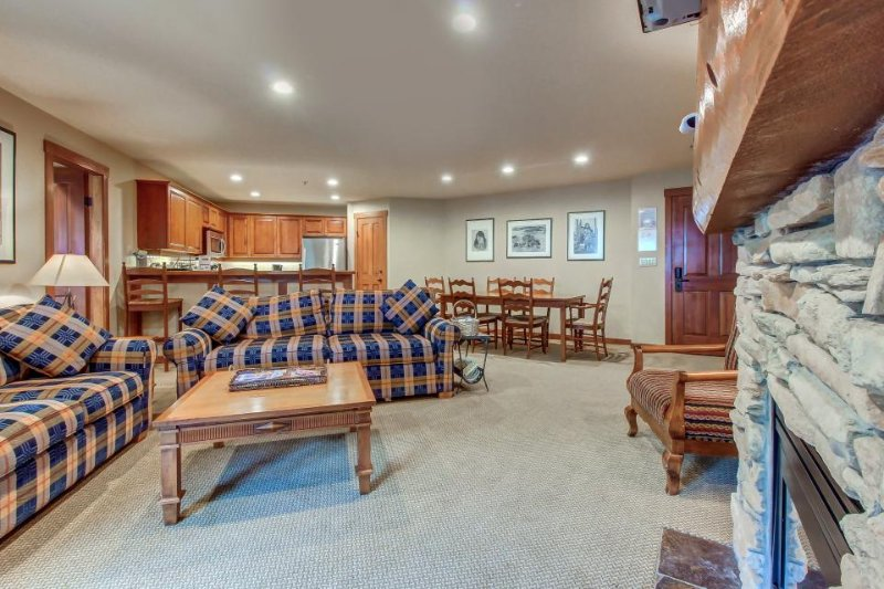 Cute ski-in/ski-out condo w/ shared hot tub & pool + Club Solitude access! - Image 1 - Solitude - rentals