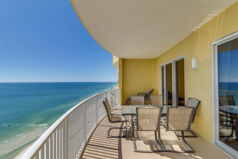 Top-floor, oceanfront condo w/ panoramic views plus hot tub & shared pool - Image 1 - Panama City Beach - rentals