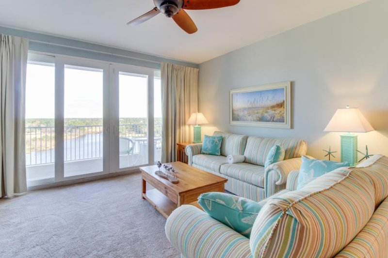 Resort condo w/ shared hot tub, 5 pools, lake & gulf views! - Image 1 - Panama City Beach - rentals