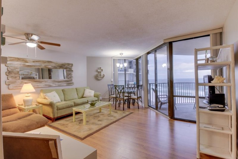 Spectacular oceanfront views, shared pool, walk to beach! - Image 1 - Panama City Beach - rentals