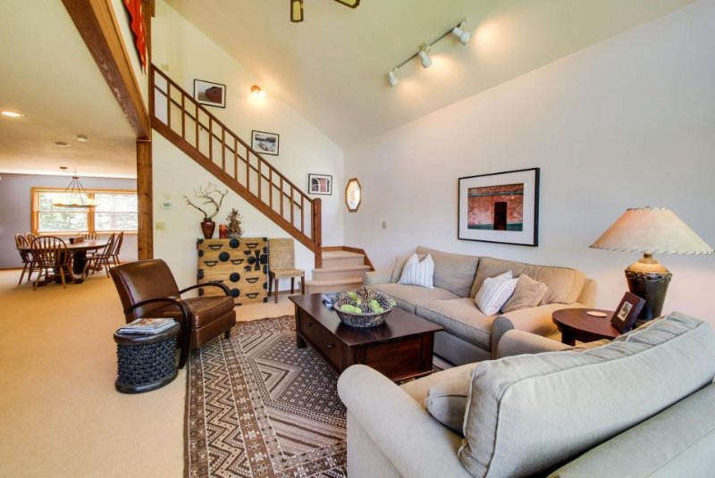 Dog-friendly mountain home, w/ private hot tub, firepit, huge deck, shared pool! - Image 1 - Truckee - rentals