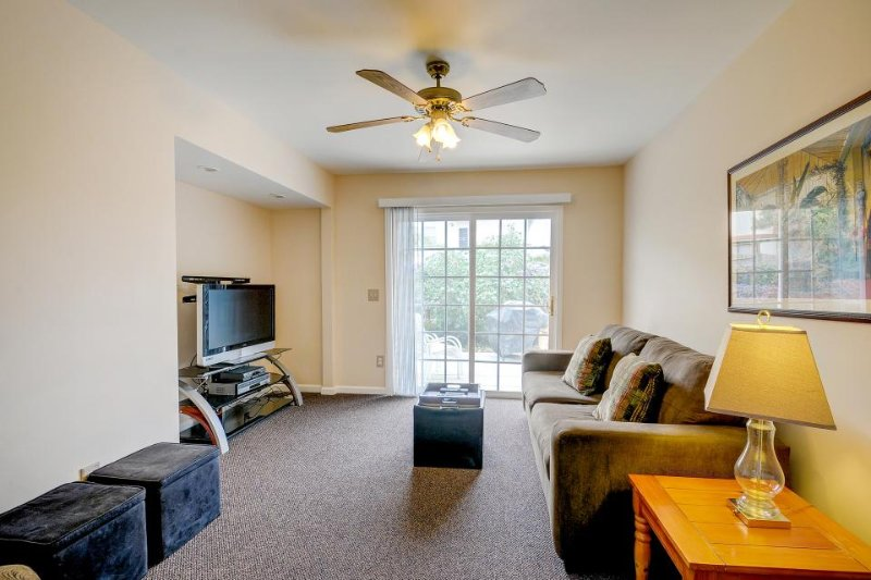 Dog-friendly with yard, private patio, & BBQ. Just a short walk to the beach! - Image 1 - Oceano - rentals
