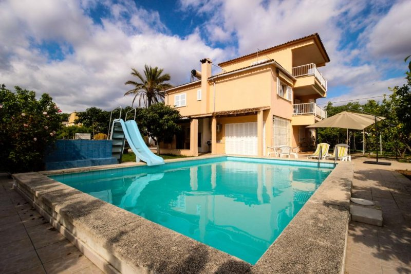 Cozy home w/ private pool, sunny courtyard, great location! - Image 1 - Palmanyola - rentals